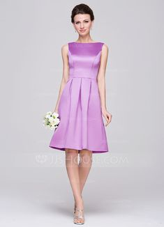 A-Line/Princess Scoop Neck Knee-Length Satin Bridesmaid Dress With Ruffle (007060562)