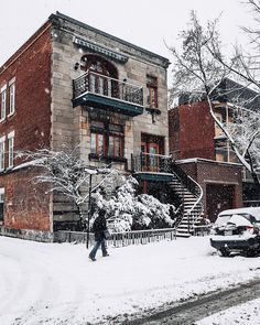 #Montreal #winter #travel Westminster, Canada, Of Montreal, Winter Photos, Street Photo, Time Of The Year, Wonderful Time, Bangkok, To Go