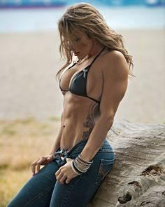 "onlyrippedgirls:  ""Ripped Girls   """