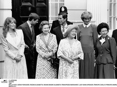 Sarah and diana   Sarah Ferguson con il marito Andrea Diana Carlo e la Regina Elisabetta