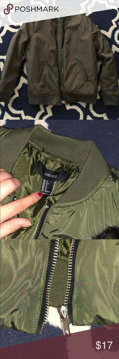 Olive bomber jacket Sosososo cute i just wanted it more oversized and it just does not fit me sadly 😔 worn a handful of times no flaws. make me an offer! Forever 21 Jackets & Coats