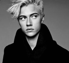 "((Lucky Blue Smith)) I smile ""Hi, my name's Blu! I'm single. My twin sister is Amanda. My dream is to become a farmer. I live in the city, but I wish I were in the country. I love food! Come say hi!"""