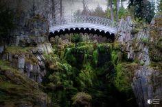 """""""Чертов"""" мост в парке Вильгельмсхёе, Кассель, Германия"""