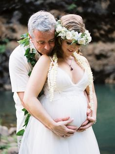 A sentimental Waimea Valley wedding on Oahu Island in Hawaii. Beautiful bride Michelle was expecting at this time and her ethereal tulle gown looked perfect Waimea Valley, Tulle Gown, Hawaii Wedding, Oahu, Wedding Couples, Beautiful Bride, Wedding Venues, Alice, Wedding Inspiration