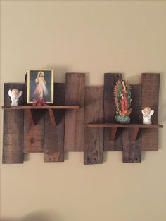 pallet / wall hanging shelf