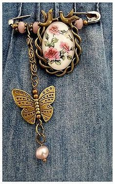 🌹Vintage Inspired Safety Pin Brooch~Scarf/Shawl/Hijab Pin/Kilt Pin🌹