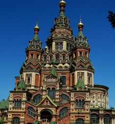 Peterhof Cathedral, Russia - Jerry Waters @ mywvhome.com - Pixdaus