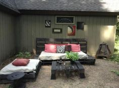 Re Used Outdoor Pallet Area