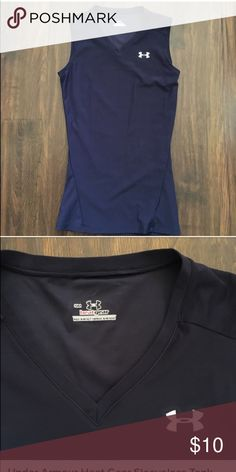 Under Armour Heat Gear Sleeveless tank In navy, barely worn. Good condition. Small but fit xs-S, compression shirt Under Armour Tops Tank Tops