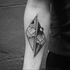 Geometric mountain tattoo by Wagner Basei