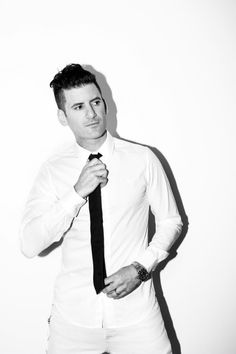 """NEWS: The electronic artist, Destructo, has announced a North American tour, called the """"Ship2Ship Tour 2016,"""" for January and February. Justin Martin and Rezz will be joining the tour, as support. Details at http://digtb.us/1lm1a83"""