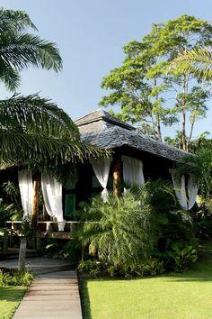 Casa de praia na Praia do Marahu, Ilha do Mosqueiro, Pará   Ana Perlla e José Júnior