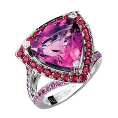 Tellement Subtile pour Moi ring, by Mauboussin. White gold, amethyst, sapphires and diamonds
