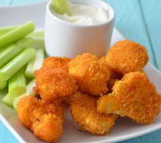 Bocaditos de coliflor | #Receta de cocina | #Vegana - Vegetariana http://www.tipsnutritivos.com/alimentacion/recetas/                                                                                                                                                      Más