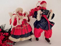Ice Skating Couple Christmas Tree Ornaments Vintage Silvestri  Handcrafted Rice Paper Man and Woman Figuruines Old World Winter Home Decor