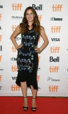 Jennifer Garner was all smiles and style during the premiere of her new film Wakefield during the Toronto International Film Festival.