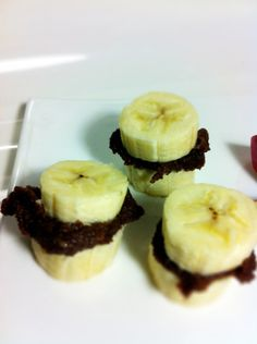 Nutella and bananas! Why have my kids ceased to eat fruit? Let us try everything to instill that love again!