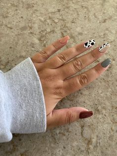 Acrylic Nails Coffin Short, Simple Acrylic Nails, Summer Acrylic Nails, Best Acrylic Nails, Rodeo Nails, Western Nails, Country Nails, Cute Gel Nails, Cow Nails