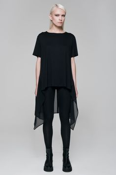 BLACKBLESSED  blackblessed  black  white  fashion  minimal  basic  elegant   designer  urban  urbanchic  dresses  pants  tshirt  top  leggings  white   simple ... 7e1764d541f