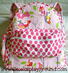 It's A Hoot Toddler Backpack Sewing Hacks, Sewing Crafts, Sewing Projects, Sewing Tips, Back To School Backpacks, Toddler Backpack, Backpack Pattern, Cute Backpacks, Sewing For Kids