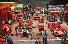Pictures of the 1970 Le Mans paddock and grandstands - TNF's Archive Slot Car Racing, Slot Car Tracks, Slot Cars, Race Cars, Audi A4 B7, Bmw 318, Le Mans, Peugeot, Ferrari