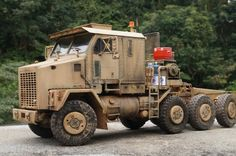 TRACK-LINK / Gallery / M1070 HET (Heavy Equipment Transporter)