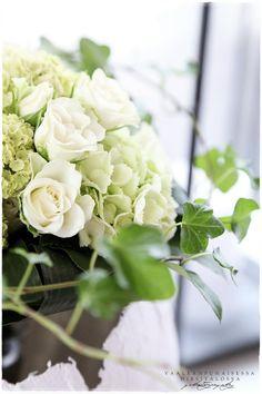 flowers via vaaleanpunainen hirsitalo | divaaniblogit.fi