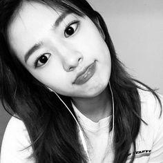 Eyes On Me, Yu Jin, Who Runs The World, Japanese Girl Group, The Wiz, Cool Girl, Hoop Earrings, Pretty, Puns