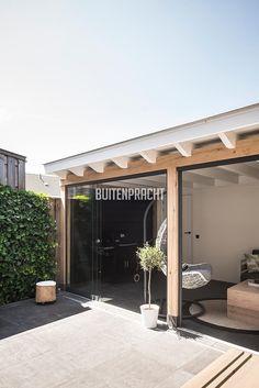 5 Backyard Planters, Diy Patio, Backyard Patio, Small Balcony Design, Patio Design, Garden Design, Carport Patio, Deck With Pergola, Contemporary Garden Rooms