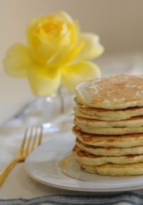 Pancakes with Rum Syrup - Cupcakes & Cashmere