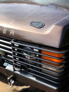 #rangerover #rangeroverclassic #rangeroverworld #rangeroversociety #softdash #300tdi #safety #classic #offroad #experience Range Rover Classic, Offroad, Tractors, Ranger, Chelsea, Safety, Cars, Cars Motorcycles, Cool Cars