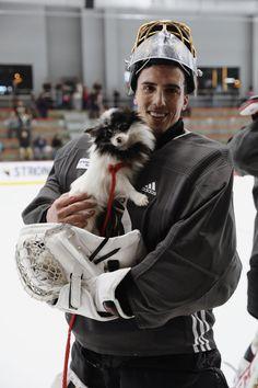 Flower and a puppy! Hot Hockey Players, Hockey Goalie, Nhl Players, Ice Hockey, Hockey Playoffs, Hockey Baby, Lv Golden Knights, Golden Knights Hockey, Pens Hockey