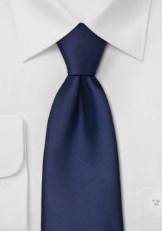 Krawatte dunkelblau . . . . . der Blog für den Gentleman - www.thegentlemanclub.de/blog