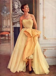 http://www.pinterest.com/moniqueisok/retro-fabulous-50s/ Robert Piguet Evening Gown | Photo by Philippe Pottier, 1950