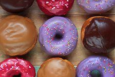 Relleno y cobertura de donuts