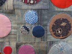 Love how the sashiko makes the circles pop out.