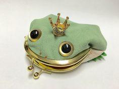 Froggie purse