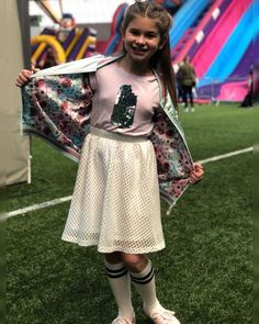 She's so cuuuute Stage Outfits, Sequin Skirt, Stars, Instagram, Fashion, Moda, Fashion Styles, Sterne, Fashion Illustrations
