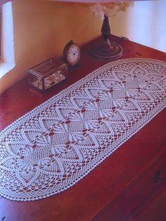 images about Crochet pinapple Crochet Table Topper, Crochet Table Mat, Crochet Table Runner Pattern, Crochet Bedspread Pattern, Free Crochet Doily Patterns, Crochet Tablecloth, Crochet Chart, Thread Crochet, Crochet Designs