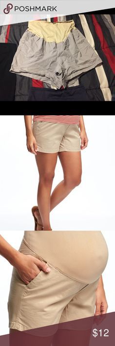 Old navy full panel maternity shorts size 18 Size 18 full panel maternity shorts. Shorts pictured on website are the same shorts, just a different color. These are more of a Greyish color Old Navy Shorts