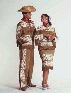 LA CUERA ES LA PRENDA TÍPICA QUE IDENTIFICA A TAMAULIPASIntimamente ligadas al acontecer histórico de los pueblos son sus costumbres y tradiciones...