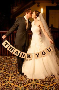 Antique fall wedding by A Splendid Occasion; #fallwedding #antiquewedding #vintagewedding #antiqueweddingideas #vintageweddingideas #nashville #tennesseewedding #thankyousignwedding #diywedding #thankyouideas