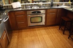 Kitchen Flooring Pictures: A Gallery of Designs and Decor