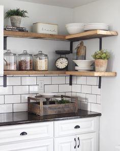 No shelf left plantless. Kitchen Time, Ikea Kitchen, Kitchen Decor, Kitchen Cabinets, Corner Shelves Kitchen, Corner Shelf, Shabby Chic Kitchen, Updated Kitchen, Home Kitchens