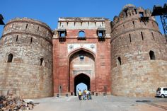 #Purana_Quila_Panipat - This regular weekend spot has intrigued me by its amazing #history. The magnificent quila was built by the great emperor Sher Shah Suri who was among the few who had the power to fight against the #Mughal_kings. The roads are in a dilapidated conditions but the quila is intact and a pride in that part of the state.
