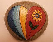 Painted rock - Heart                                                                                                                                                                                 Más