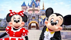 Disneyland Out-of-State Visitors To Be Welcomed Back Starting June 15! Small World Vacations, Walt Disney World Vacations, Disney Trips, Disney Travel, Disney World Guide, Disney Parks Blog, Disneyland Vacation, Disneyland Tips, Disney California Adventure Park