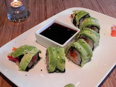 you ever had raw food sushi?? here's a great example of it. yum yum.