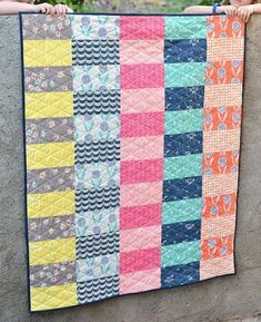 Simply Curious Baby Quilt Tutorial   This quick and easy baby quilt can be made in a single weekend!