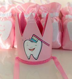 Diş temalı taç